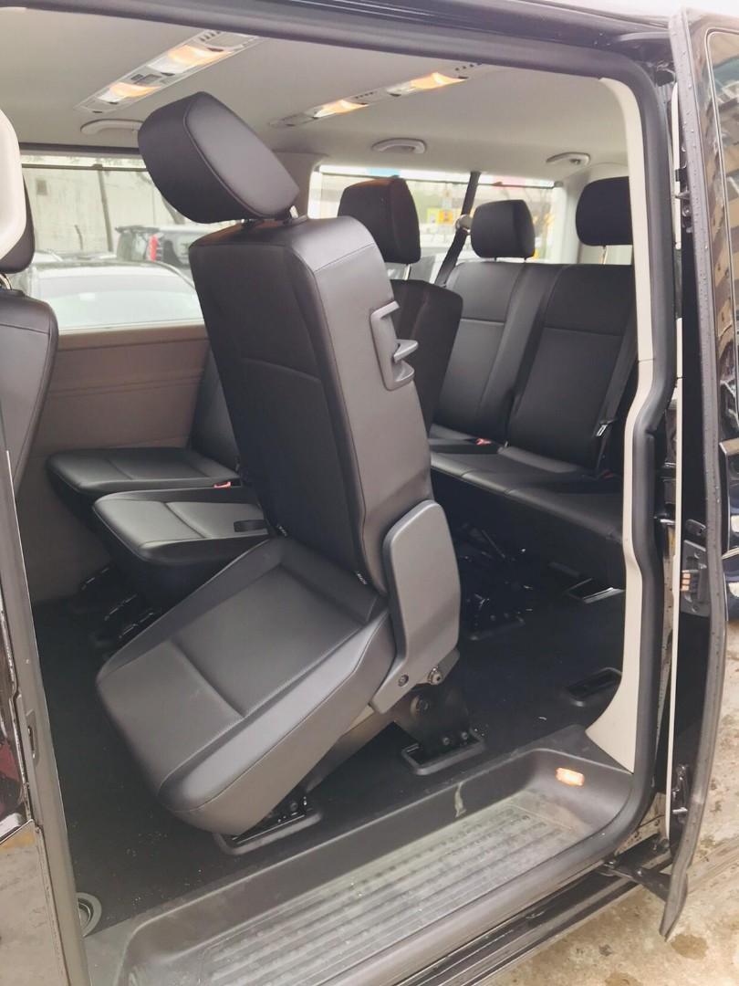 Volkswagen Transport 8 seat Auto