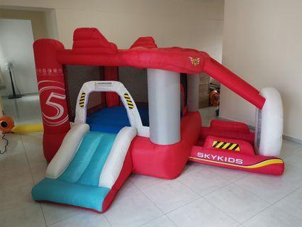 10% off Aeroplane Bouncing Castle