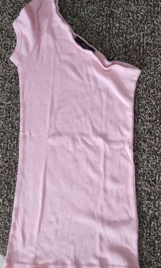 One shoulder pink