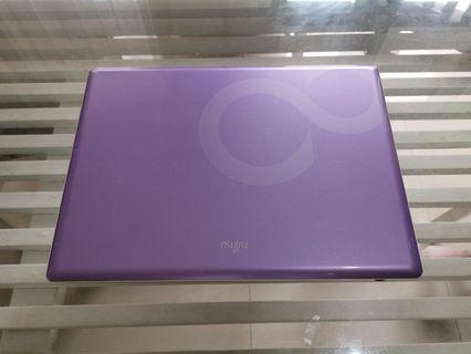 [Reserved] Laptop Fujitsu (2008)