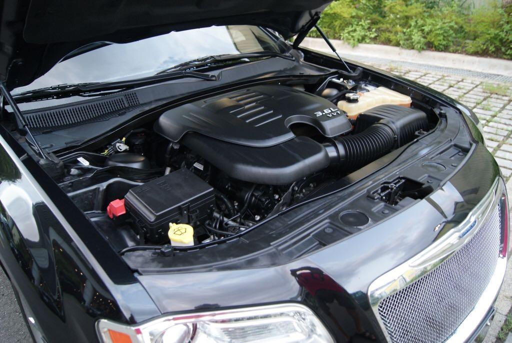 2011年   克萊斯勒   300C