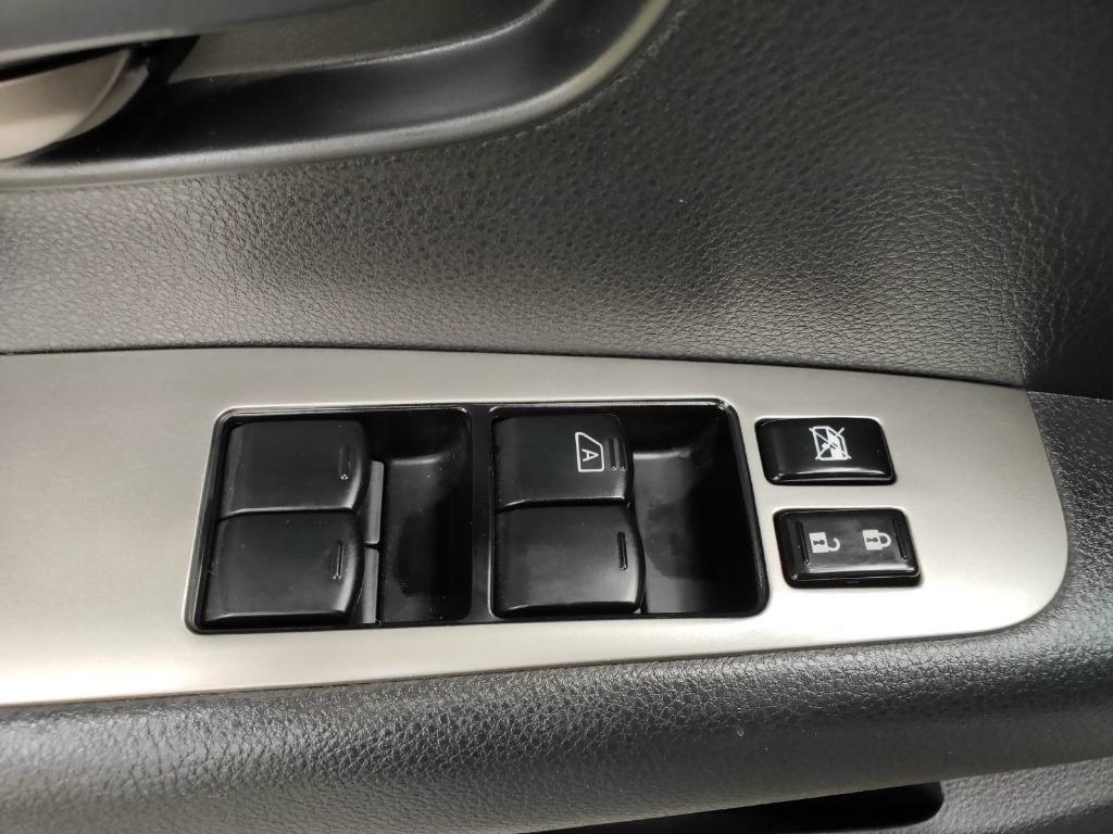 《鑫宏車業》2014年日產樂薇娜1.6,歡迎預約來店賞車