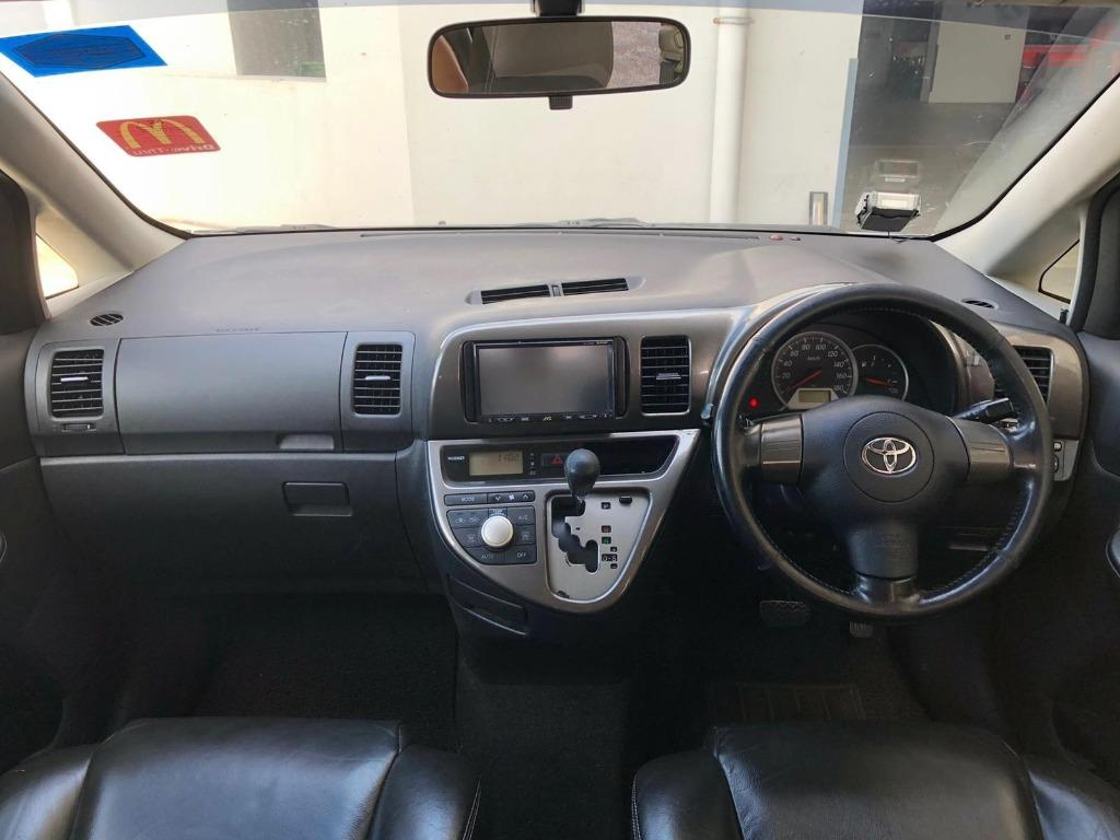 <before gojek rebate> TOYOTA WISH 1.8a MPV MIN 1mth contract phv ready personal use grab stream 7 seater