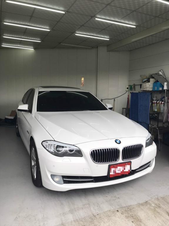 BMW 520 跑11萬 原鈑件 原漆 可認證 原廠選配M版方向盤 360度環景