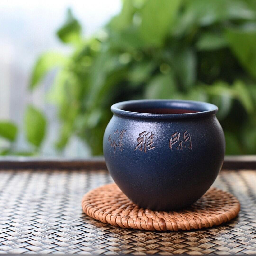 Exported to Japan tail cargo violet arenaceous masters cup handmade refined Huang Longshan violet arenaceous do precious base of green fabrics after degrees high temperature fine cup body is fruity burnish the appearance of the master cup market price low