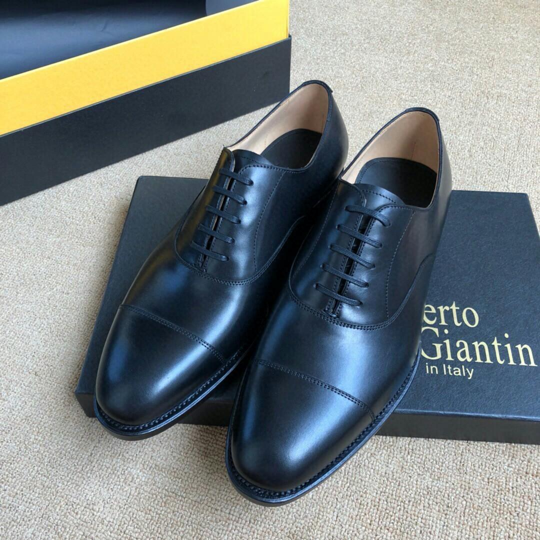 High-end quality super soft Goodyear shoes by hand import dull low-key luxury the best current cowhide leather guests on the foot the preview the shining more soft believe it will become your favorite shoe on foot the highest rate of a pair of shoes
