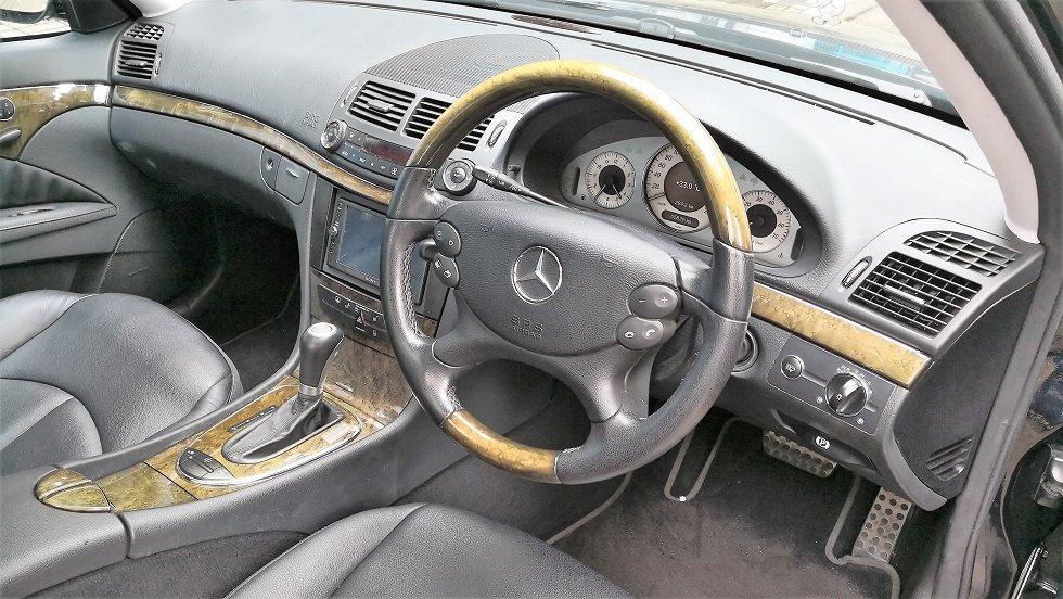 Mercedes-Benz E500 Avantgarde Auto