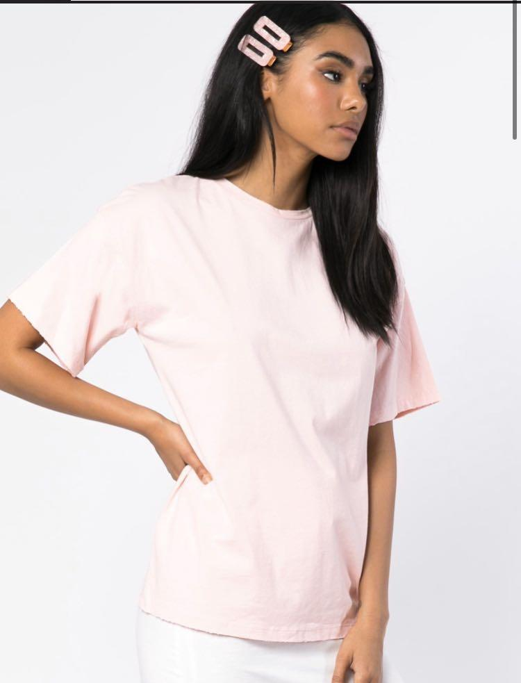 NWT PRINCESS POLLY GRACEY DISTRESSED OVERSIZED PINK TEE