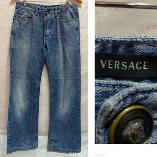 "Auth. Versace Jeans in Medium Blue Wash Fits 30"" waist_Euc"