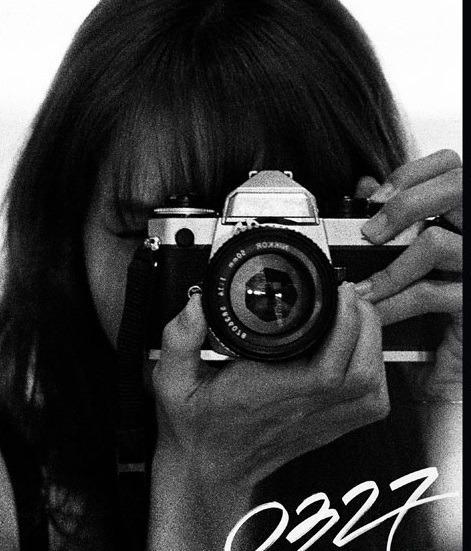 BLACKPINK : LISA PHOTOBOOK [0327] -LIMITED EDITION
