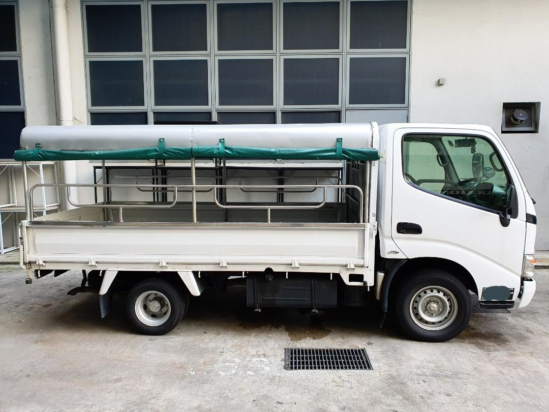 *Special Rate for CB Period* Lorry Toyota Dyna for rent