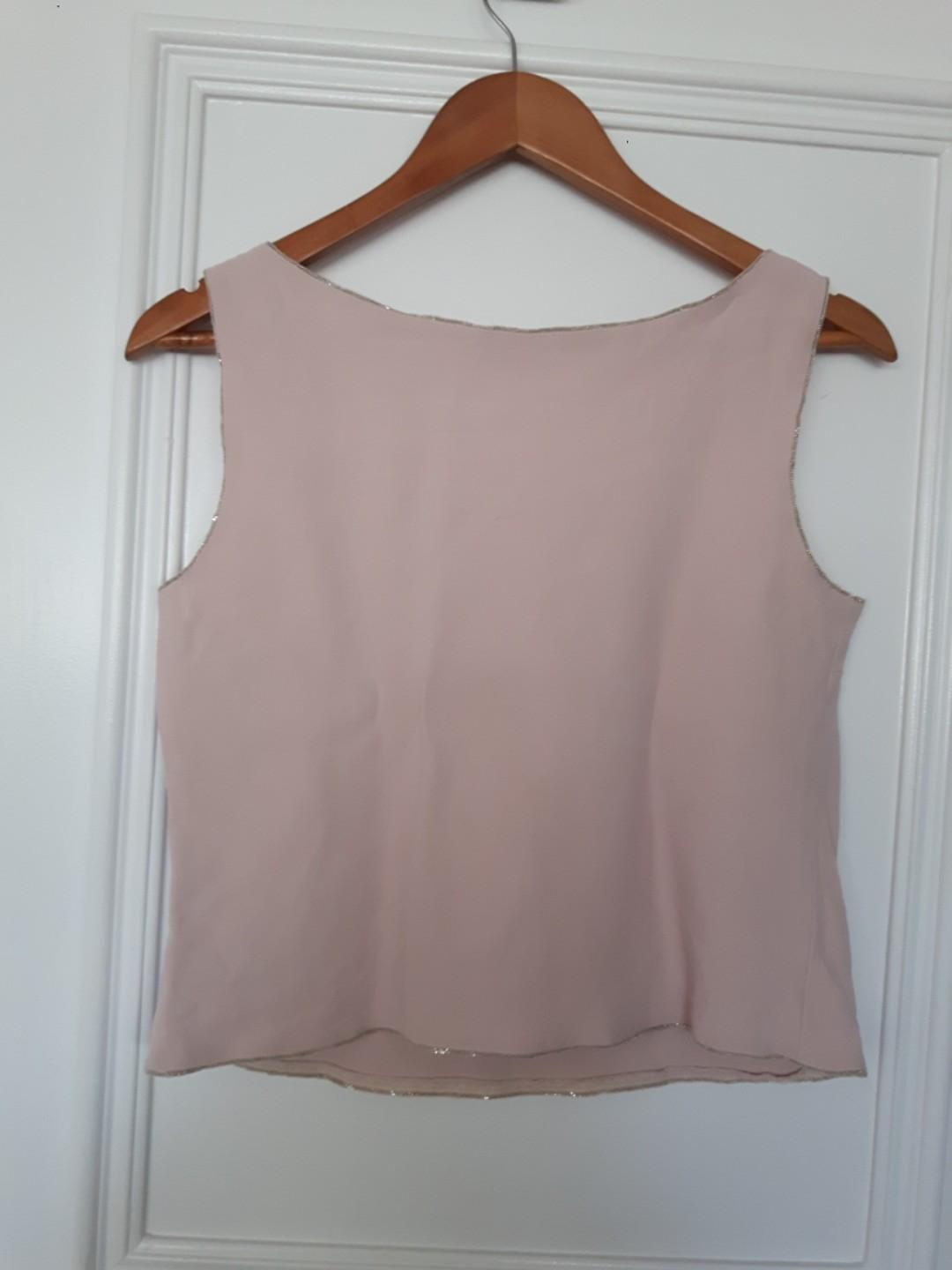 MOSCHINO PASTEL PINK TOP IN SIZE M- SEQUIN EMBROIDERY OUTLINE, MEDIUM CROP