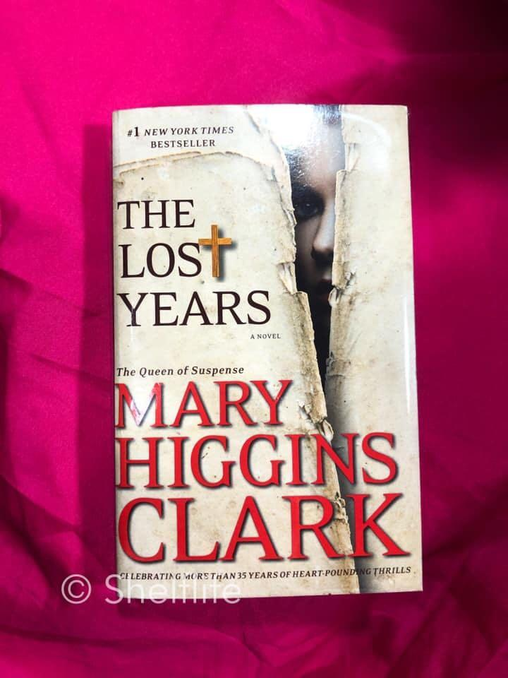 The Lost Years by Mary Higgins Clark PB Very Good Condition w/ plastic cover