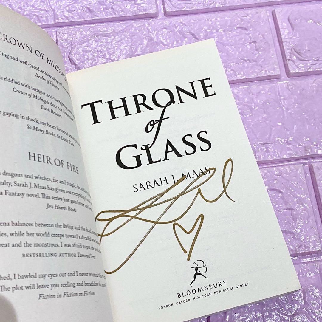 Throne of glass SIGNED BUNDLE sarah j. Maas uk paperback on hand all 4 books signed 2 are personalized crown of midnight