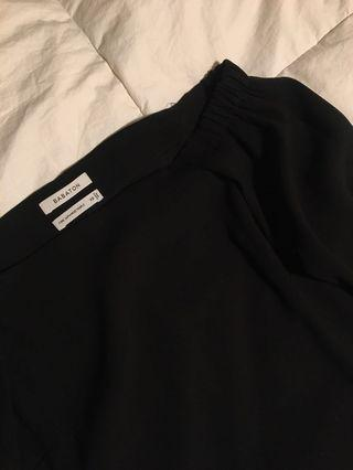 Artizia's Babaton Black Off the Shoulder Top