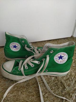 Converse high tops green