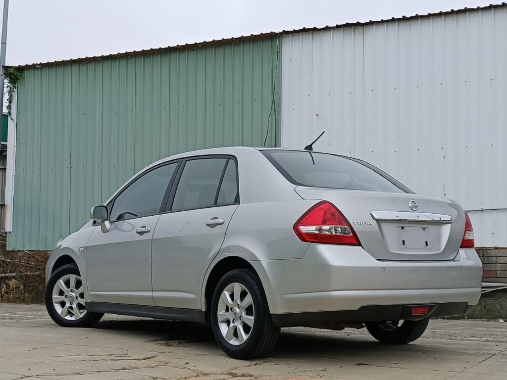 2011 日產 Tiida 4D 1.8 頂級