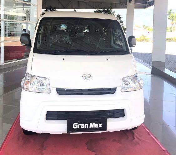 PROMO DP MURAH Daihatsu Granmax Minibus mulai 13 jutaan