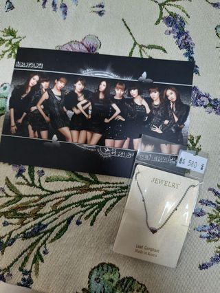 韓國項鍊,全新。加送少女時代卡片有兩面。