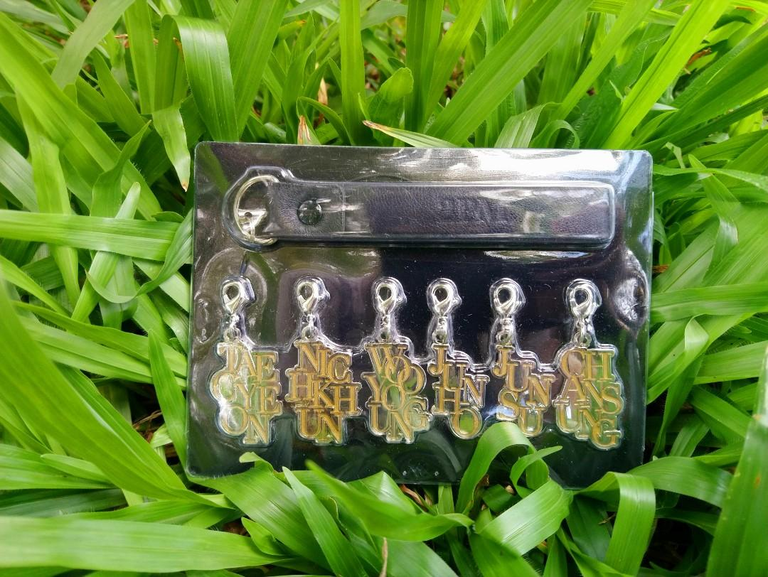 2PM-Handphone Straps (Made In Japan)-**with free Souvenir