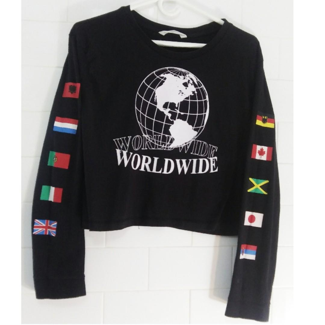 (3 for $20) Bluenotes Black Graphic Cropped Longsleeve Top