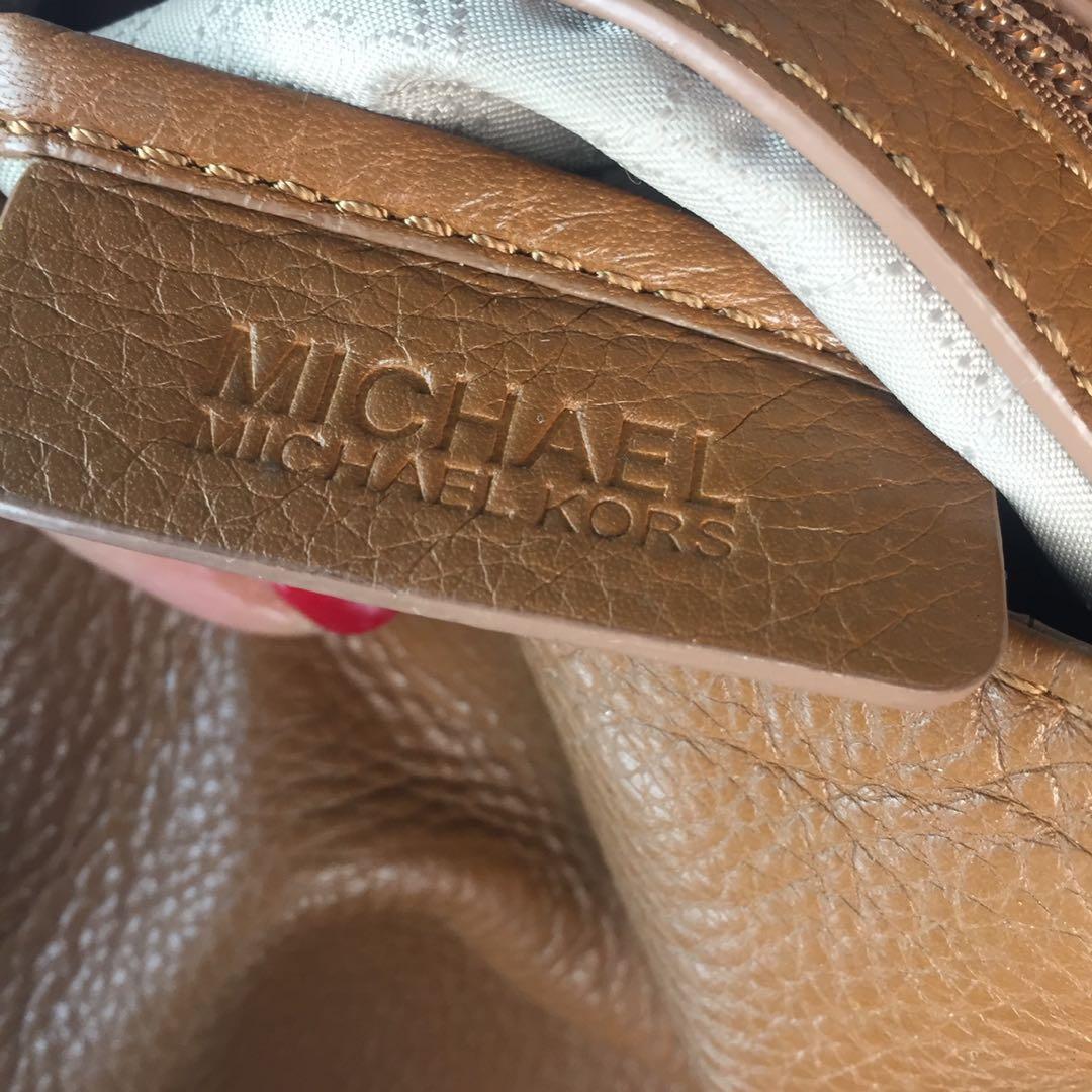 Michael Michael Kors Jet Set Chain Medium Tote Handbag
