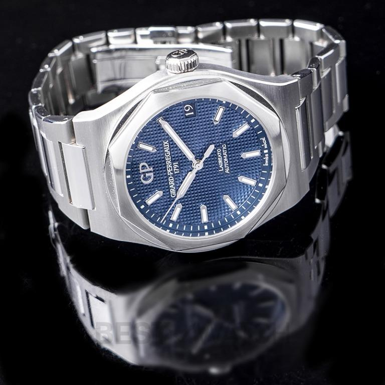 [NEW] Girard-Perregaux Girard-Perregaux Laureato 42 Automatic Stainless Steel Blue Watch 81010-11-431-11A