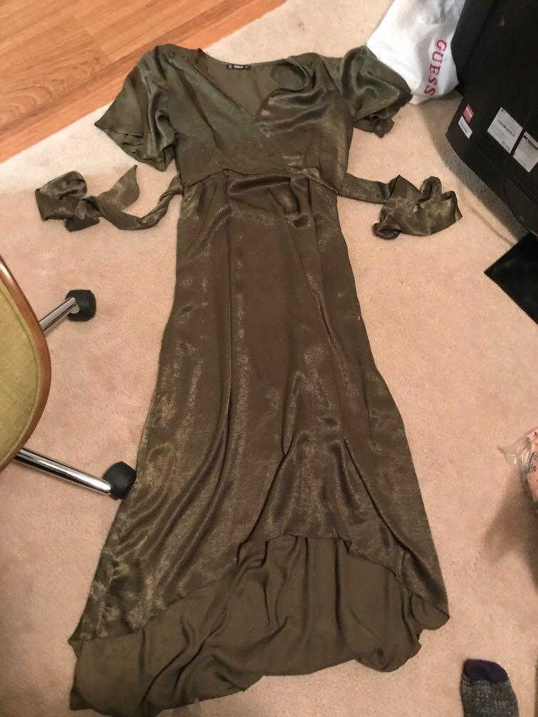 SHEIN olive green shiny v neck short sleeve Maxi dress