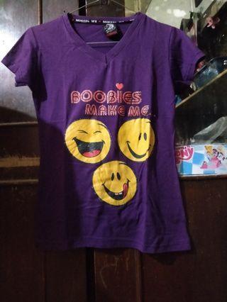 Kaos Emoticon Boobies Make Me