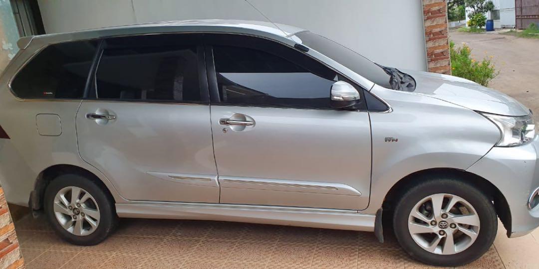 Avanza Veloz Tahun 2016 Warna Silver Plat Jakarta Barat