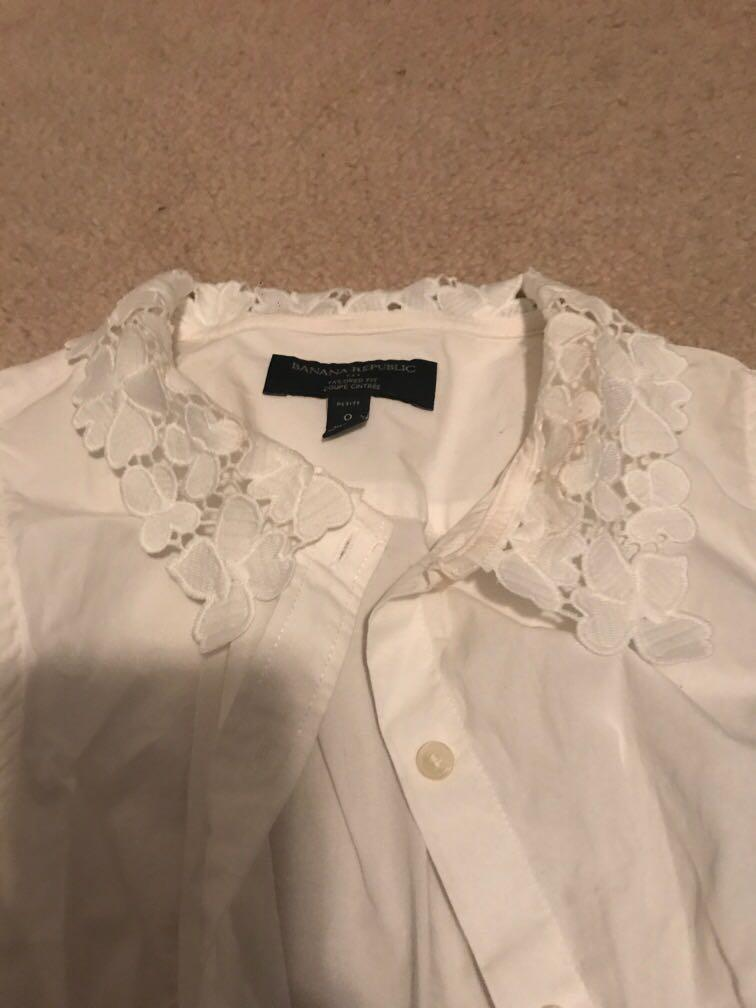 Banana republic white sleeve button up dress shirt with lace collar