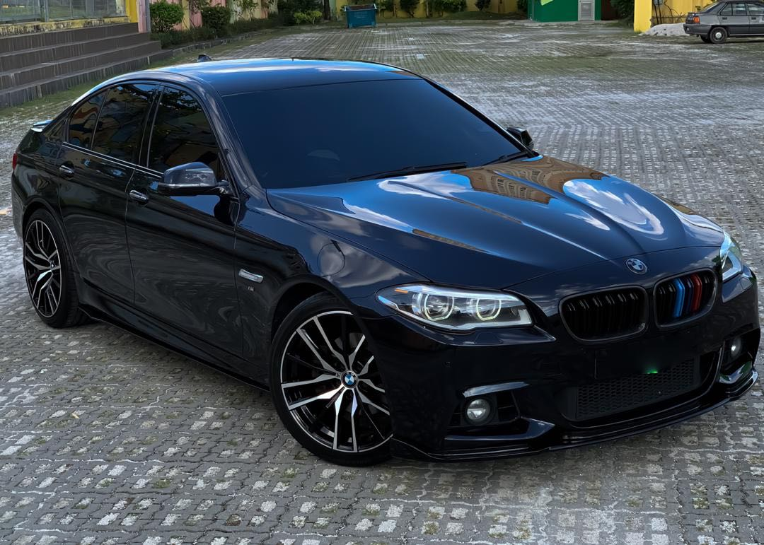 BMW F10 528i 2.0CC TWIN POWER TURBO LCI (FACELIFT) AUTOBAVARIA LOCAL SPEC M-SPORT SEWABELI BERDEPOSIT