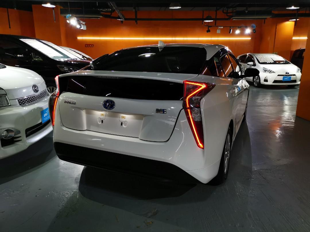 Toyota Prius S Auto