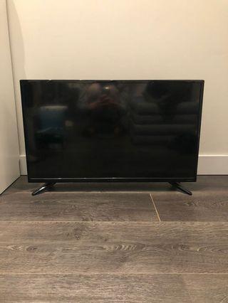 """Insignia 32"""" TV"""