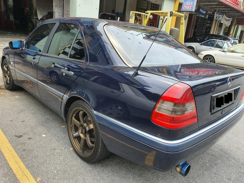 C180 Mercedes Year 1994/1997 [Tiptop Conditions,Cheap Clean interior,18inch sport rims]