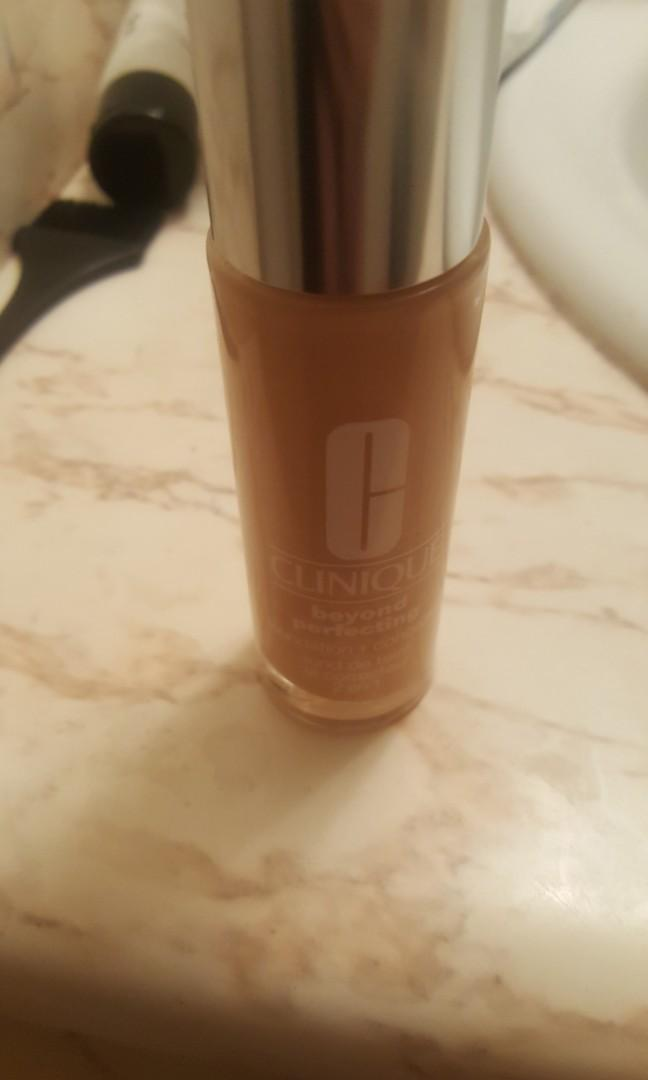 Clinique Beyond Perfecting foundation in 6.5 Buttermilk