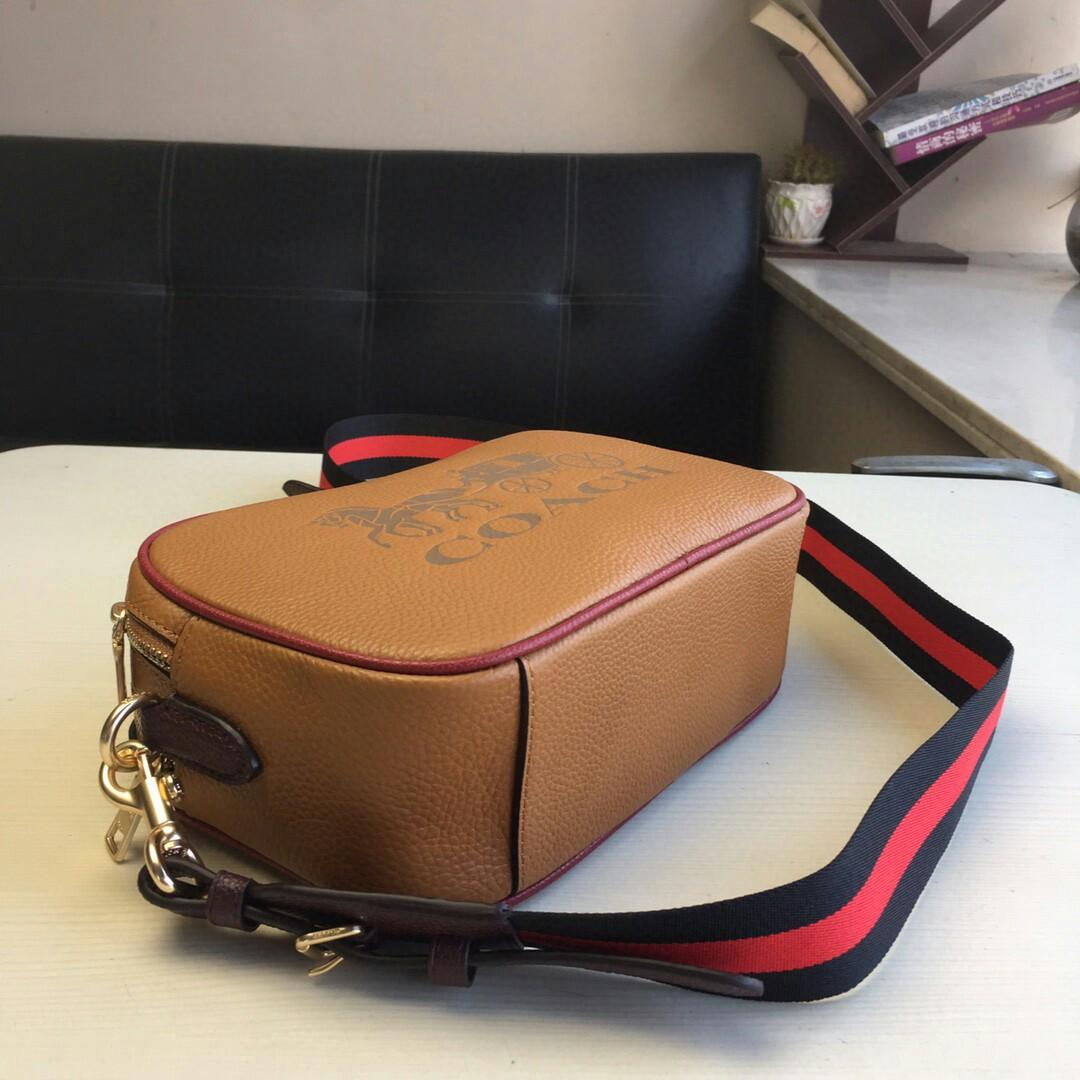 Coach new F large camera bag counters ms new aslant bag color matching stitching all skin big carriage shoulders with rainbow design