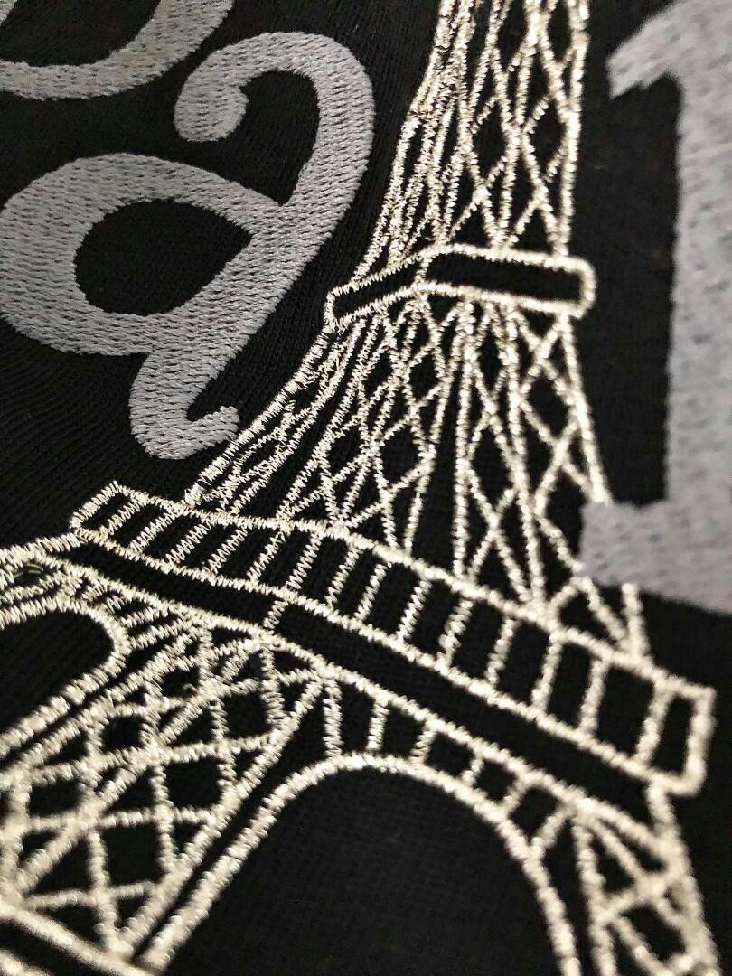couples with big heavy embroidery Eiffel Tower profile combed cotton short sleeve T-shirt no traces of the gender neutral sheet is tasted men and women all can harness Eric contour profile of OVERSIZE minimalist factions chest heavy embroidery Paris the E