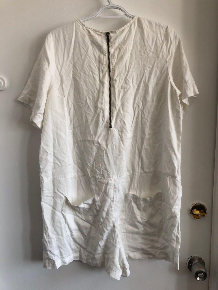 URBAN OUTFITTERS SILENCE + NOISE JUMPSUIT SIZE LARGE