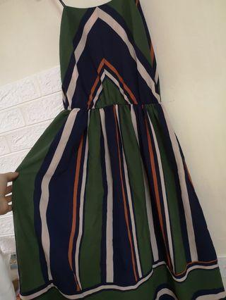 綠色拼接條紋洋裝