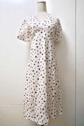 韓國v領白色碎花連身裙 Korean v neck ditsy floral white dress
