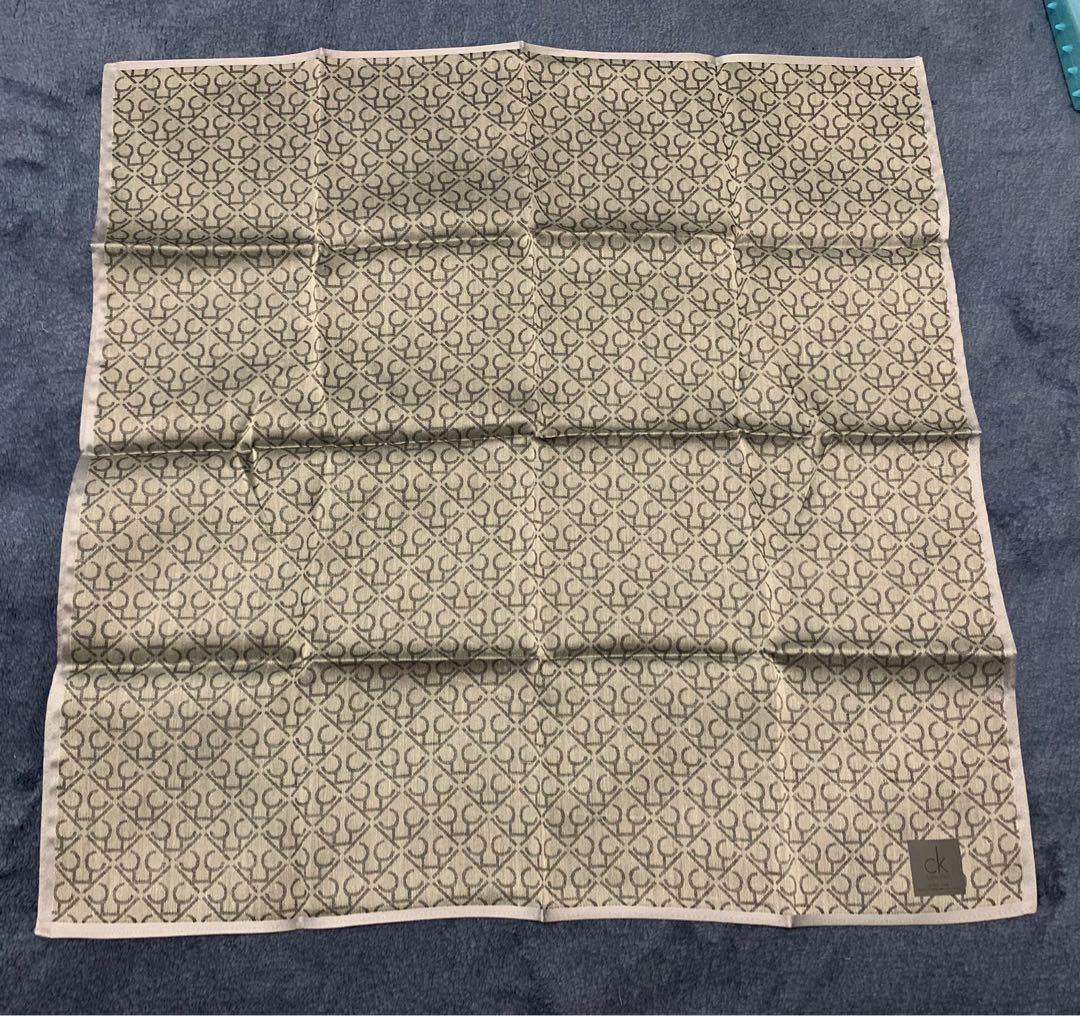 正品-CK Calvin Klein(全新未使用)日本製 純棉手帕 絲巾 LV Gucci Prada coach