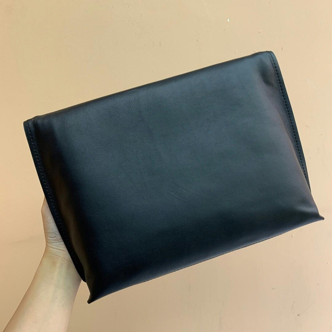 Original crazy seconds to kill quantity is limited the spot factory direct casual handbags black blue original litchi grain leather get the effect of the hand is no words