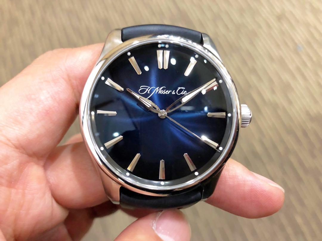 Like New Complete Local Apr 2018 H. Moser & Cie. Pioneer Fume Blue Extra Black Crocodile Leather Strap
