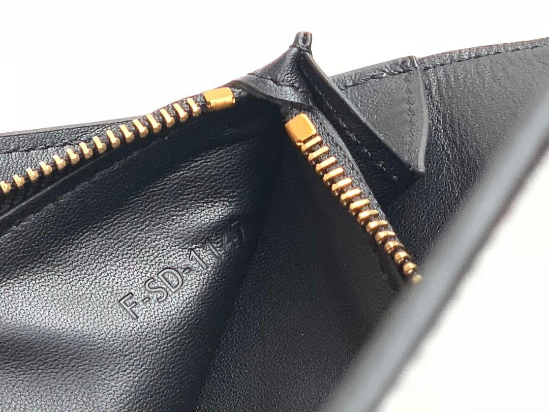 Original The original single tail cargo special price yuan Celine Celine imported cowhide bump color ms snap fastener long hand bag