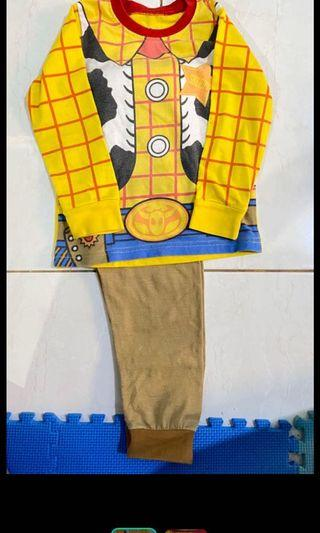 Baju piyama Woody Toys story 3 t