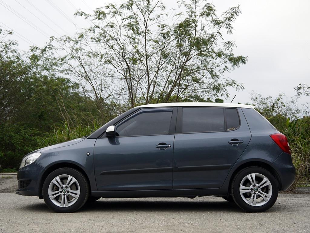 2011年 FABIA 1.2頂級 一手車 原鈑件 里程6.3萬 全額貸款 已SAVE認證完畢