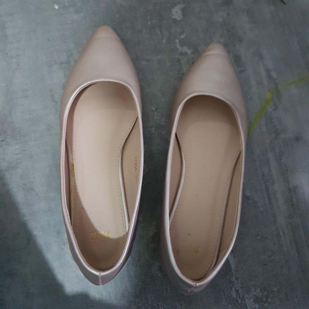 DMK shoe, Women's Fashion, Shoes, Flats