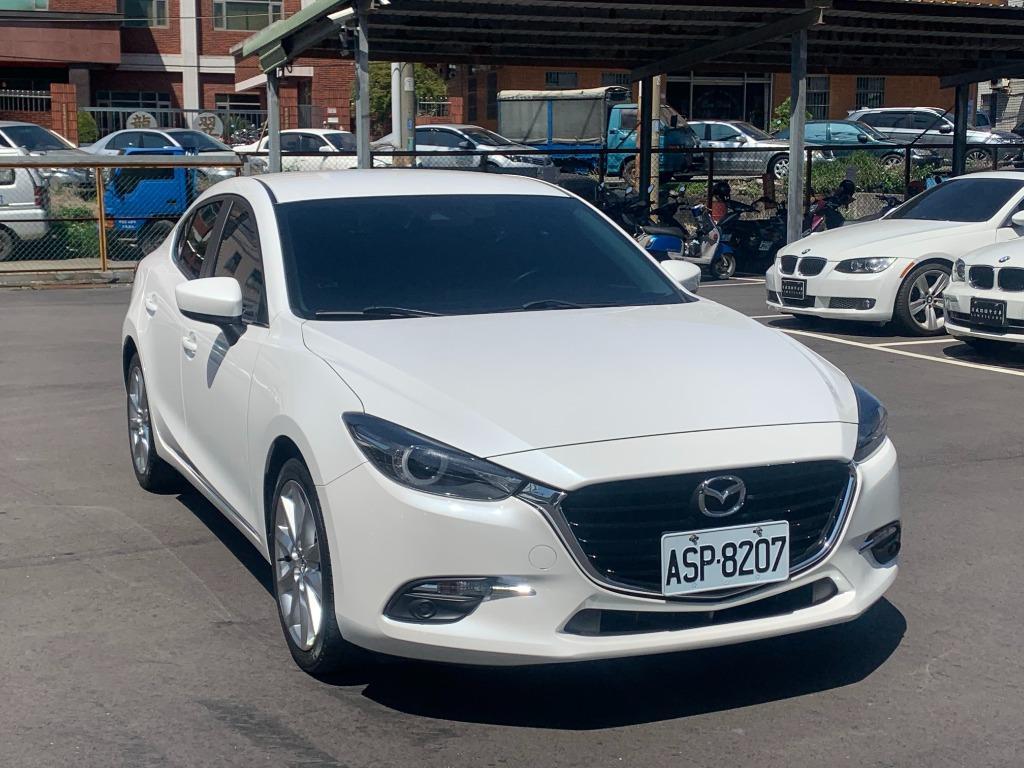 Mazda 2016 mazda3 頂 跑六萬