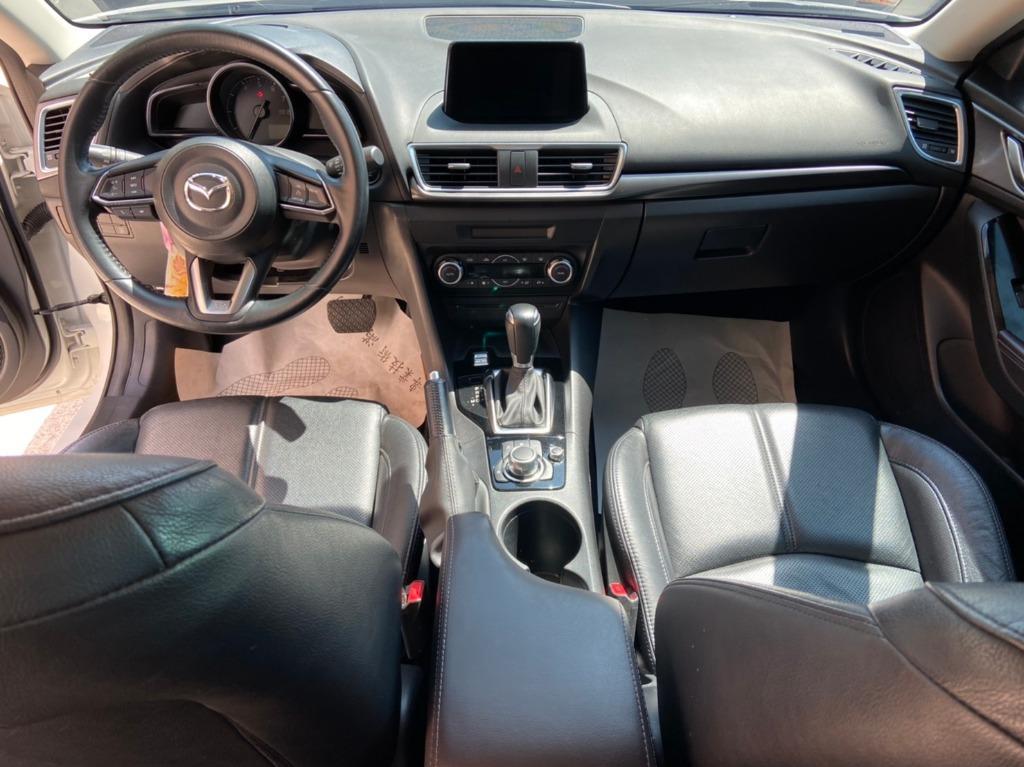 Mazda 2017年 馬3  尊榮安全 跑6.7萬  白色  到店
